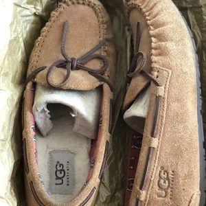 UGG Unisex Slippers
